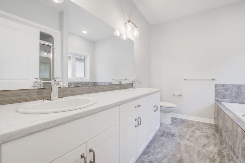 Kingsford Bathroom